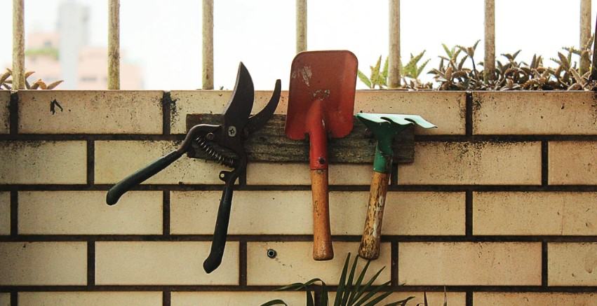 how to take care of your gardening shears